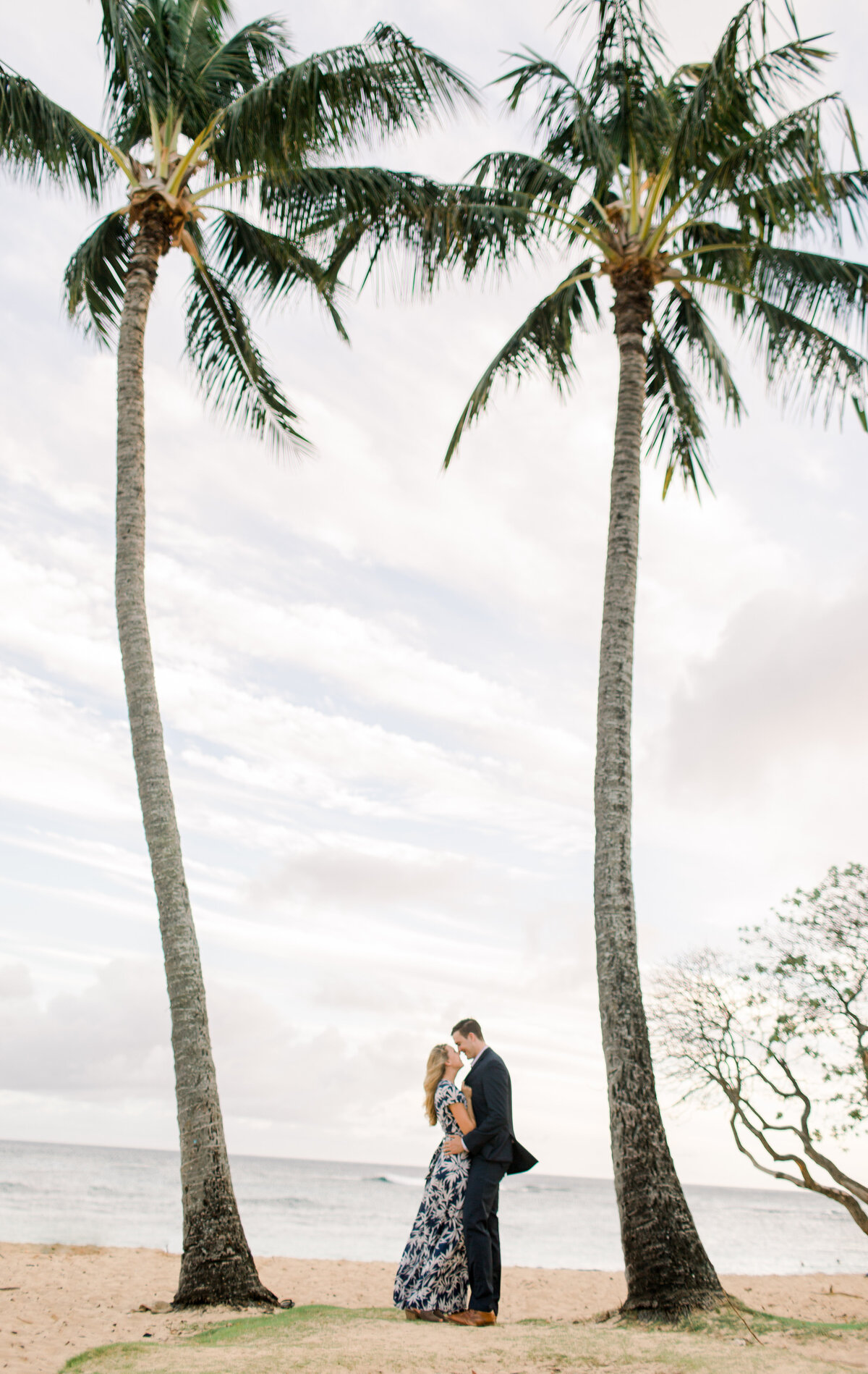 hawaii-engagement-photography