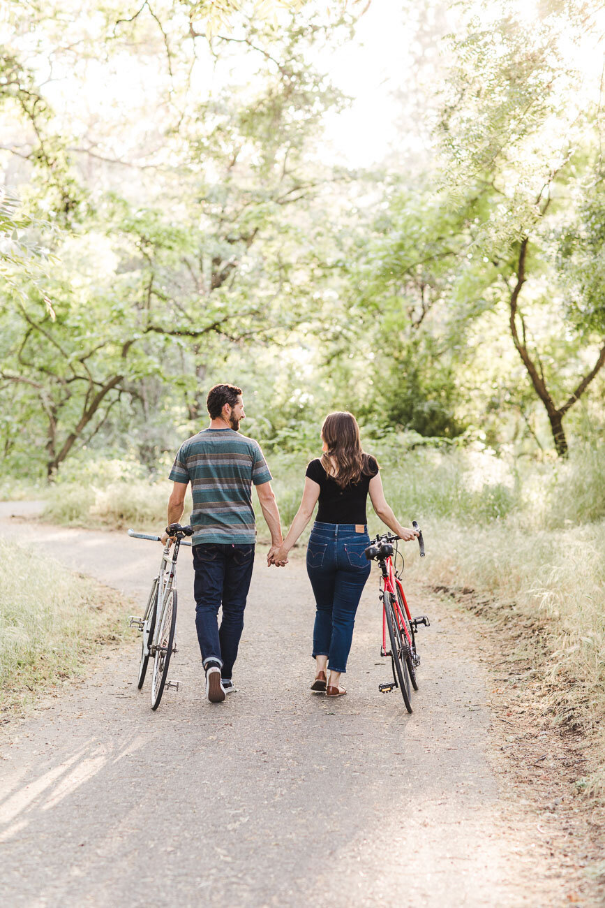 AVH_Photography_engagement_session_bidwell_park_california__V1_7811