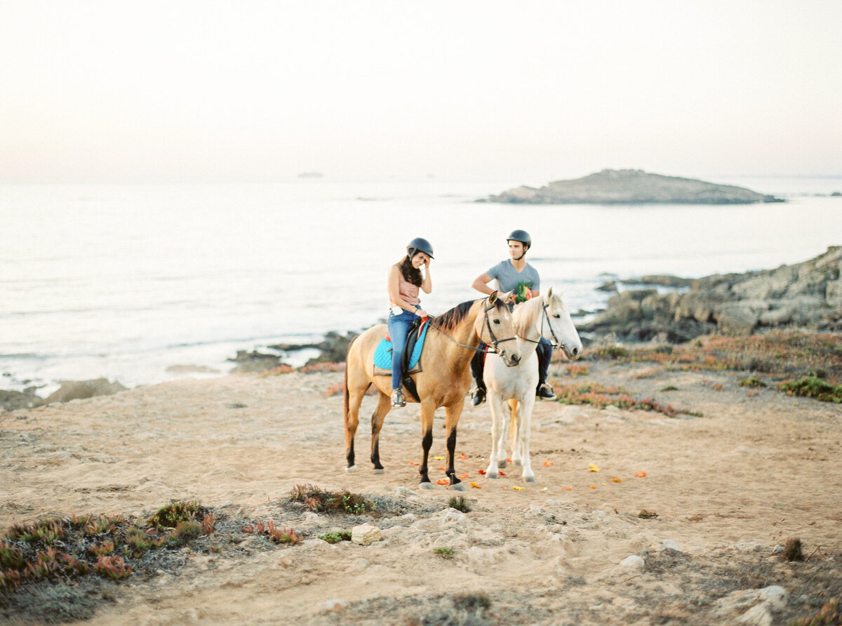 beach_horseback_riding_wedding_proposal-10