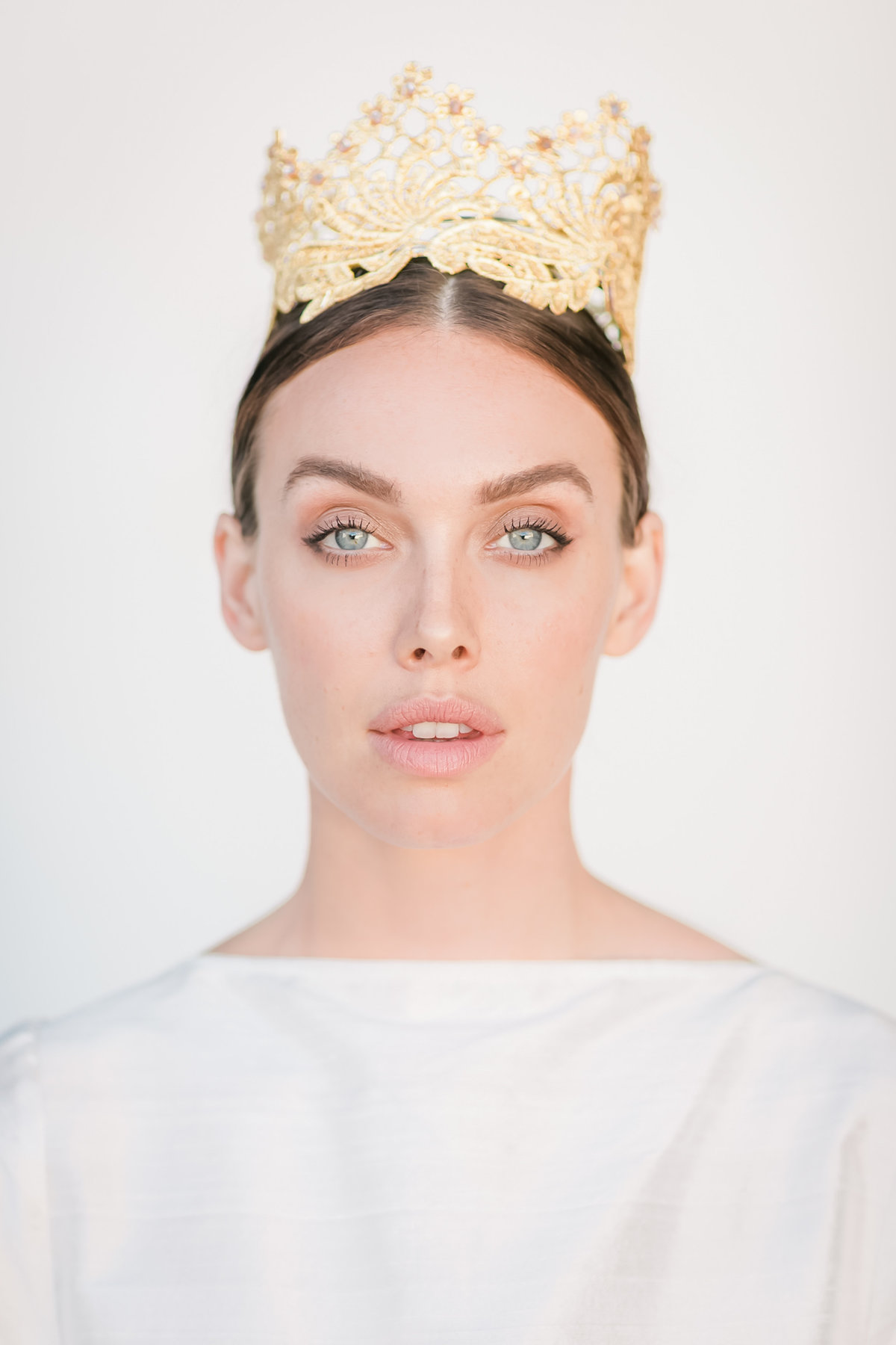 Bridal Crown Editorial Shoot Trace Henningsen Accessories_Valorie Darling Photography-8431