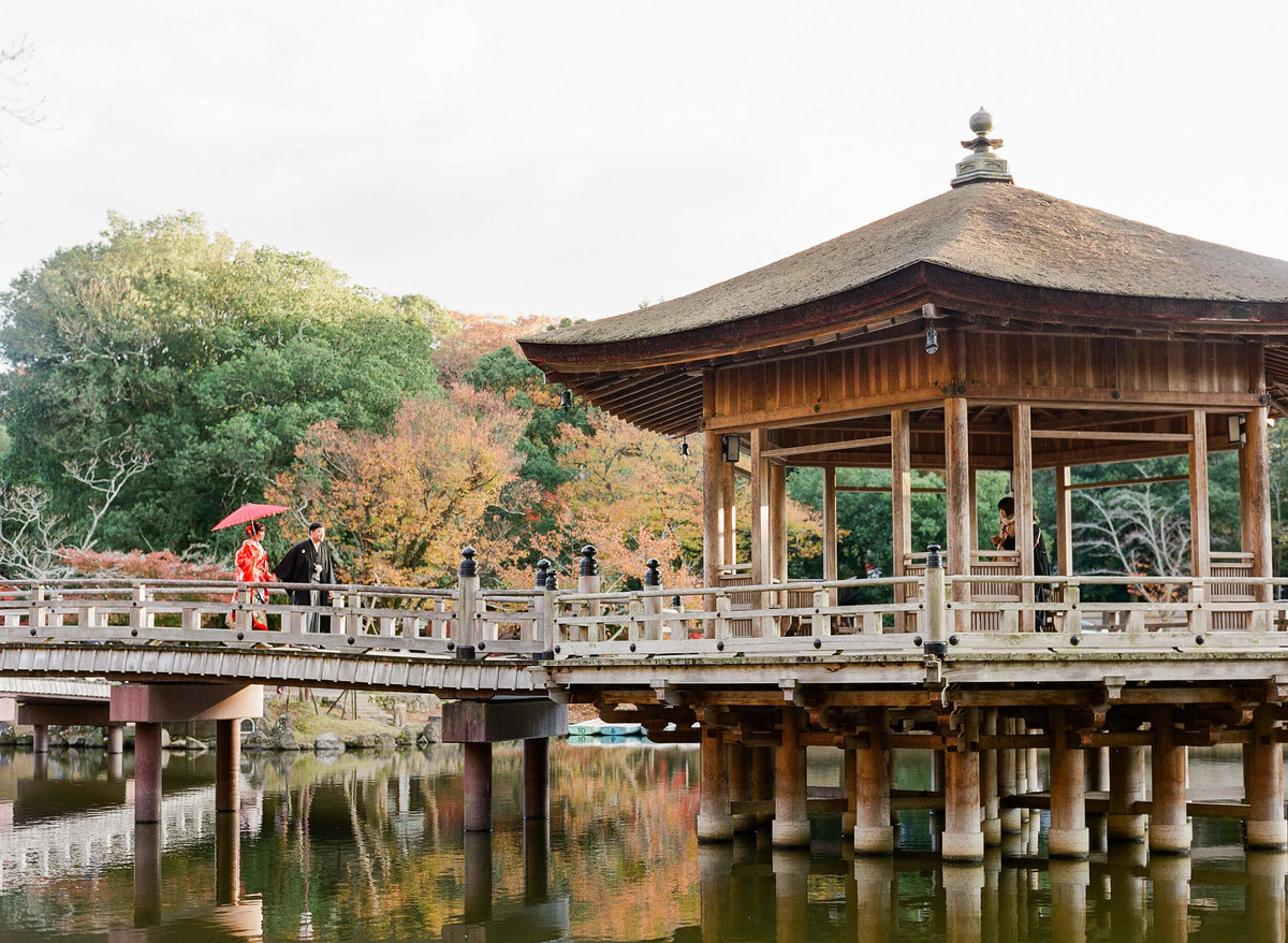 23-KTMerry-weddings-nara-park-japan