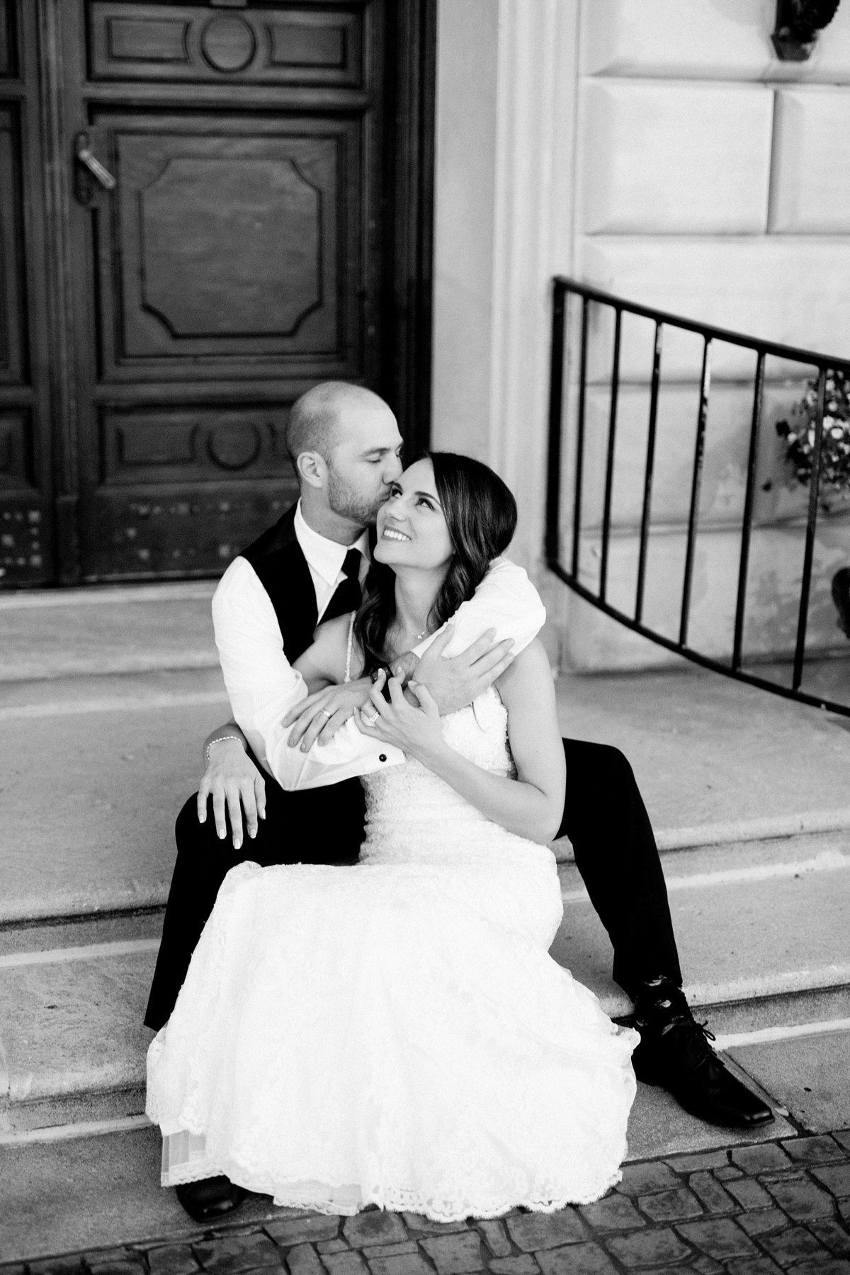 Shuster-Wedding-Grosse-Pointe-War-Memorial-Breanne-Rochelle-Photography157
