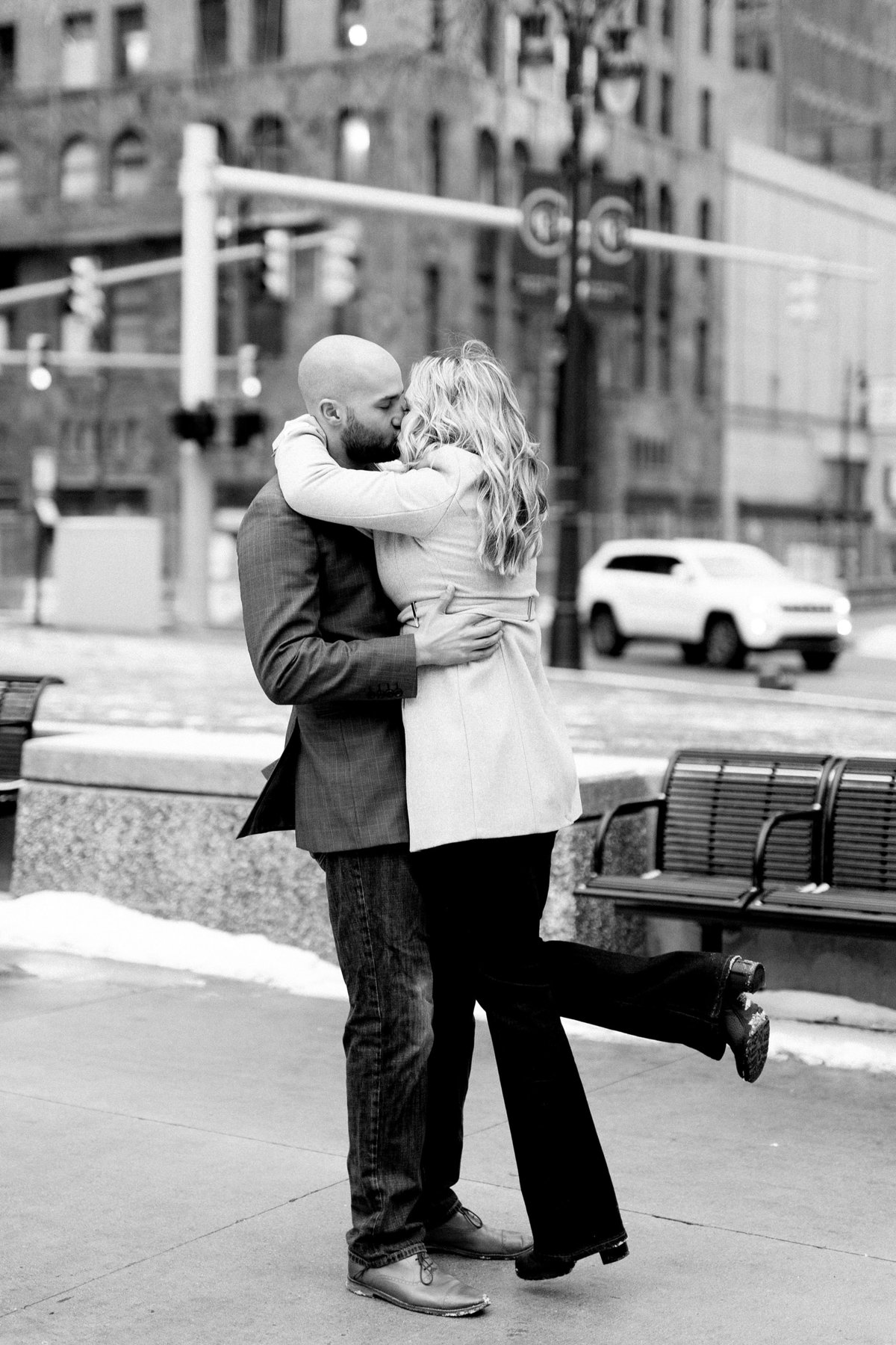 Allison-Joe-Detroit-Winter-Engagement-Breanne-Rochelle-Photography34