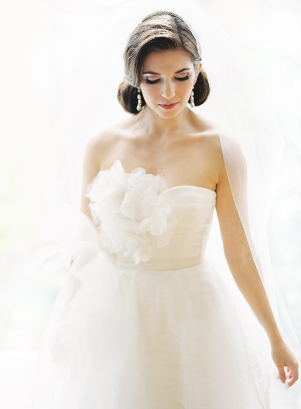 vera-wang-wedding-gown