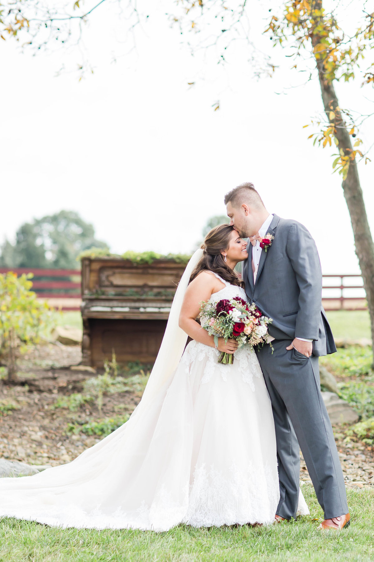 peacock-ridge-fall-wedding-loren-jackson-photography-59