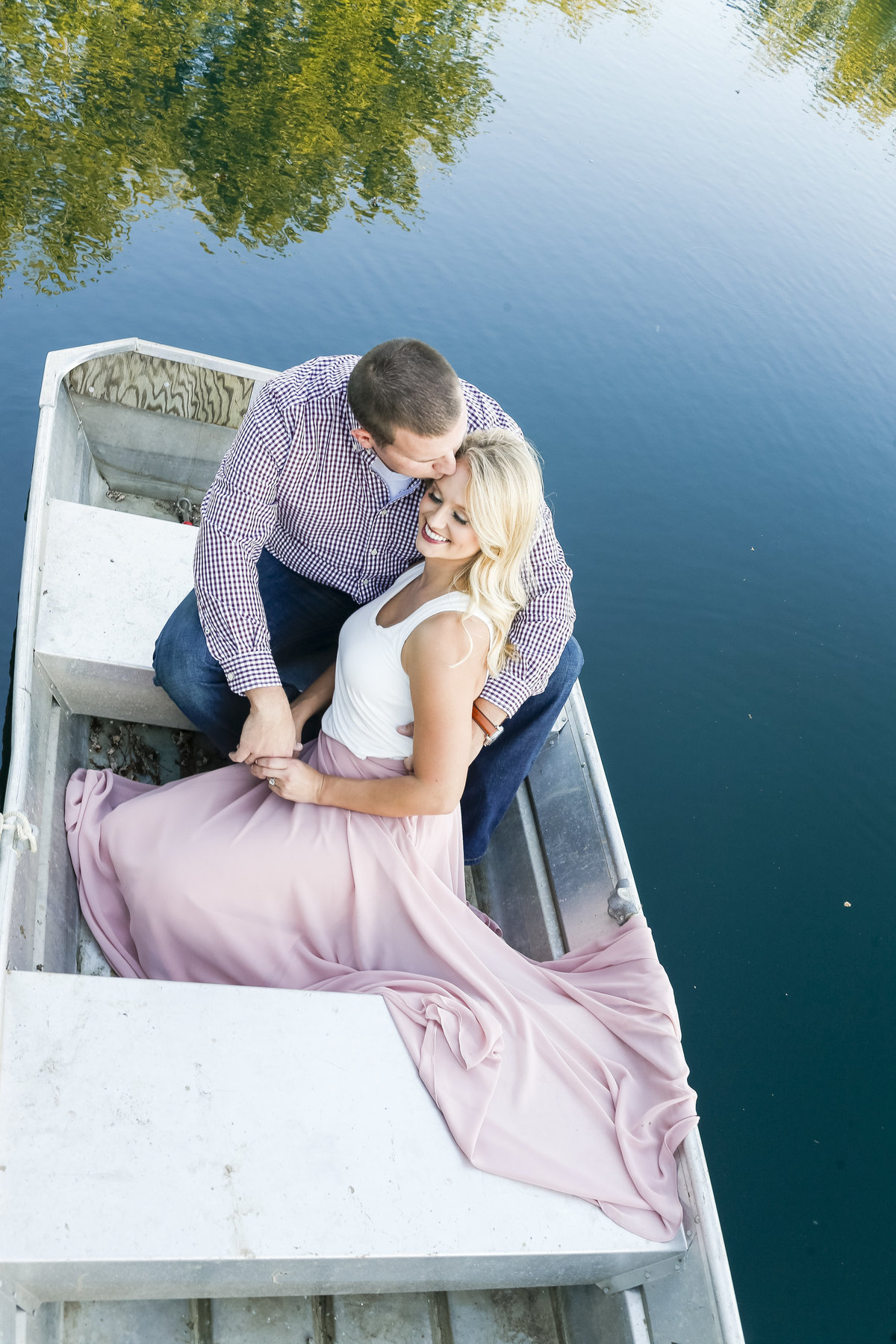 Rowboat Engagement Pictures | Erika Brown Photography-7