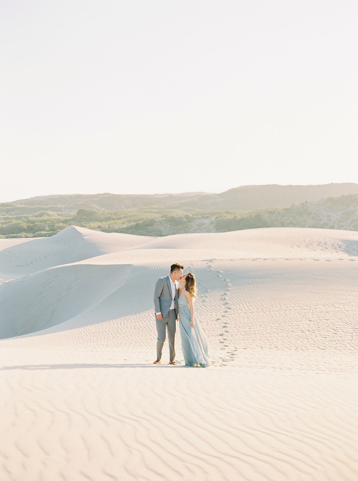 sand-dune-engagement-photos-26