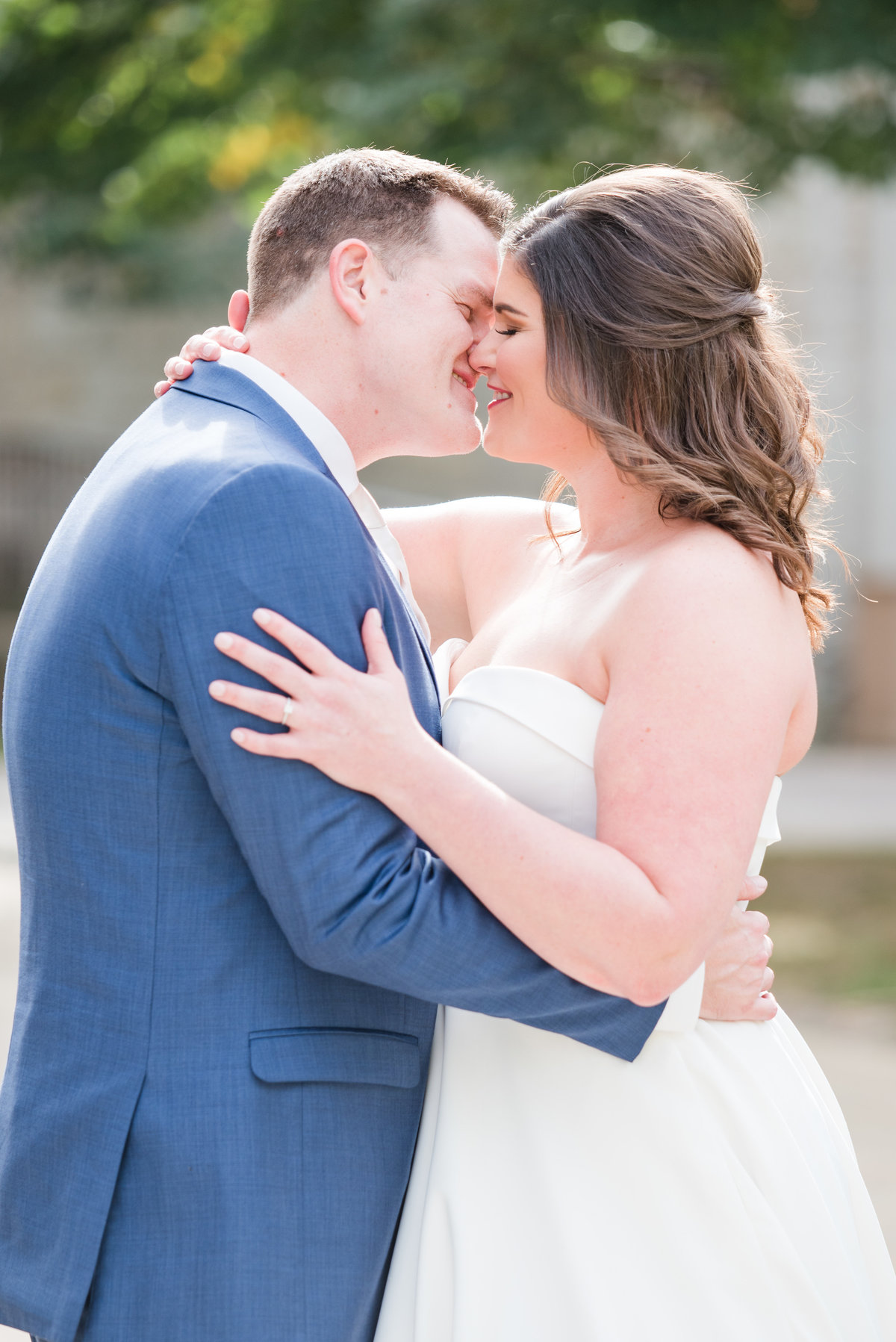 Newlywed Portraits Cait Potter Creative LLC Milltop Potters Bridge Noblesville Square Courthouse Wedding-19