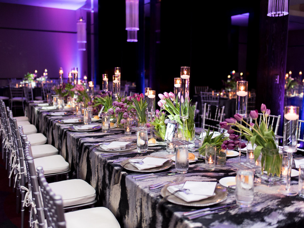 Courtney Hanson Photography - Modern wedding at The Joule-2883