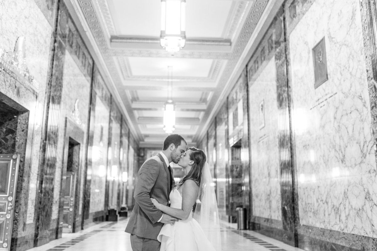 LizPorterPhotography_Columbus_Wedding_North Bank Park-0063