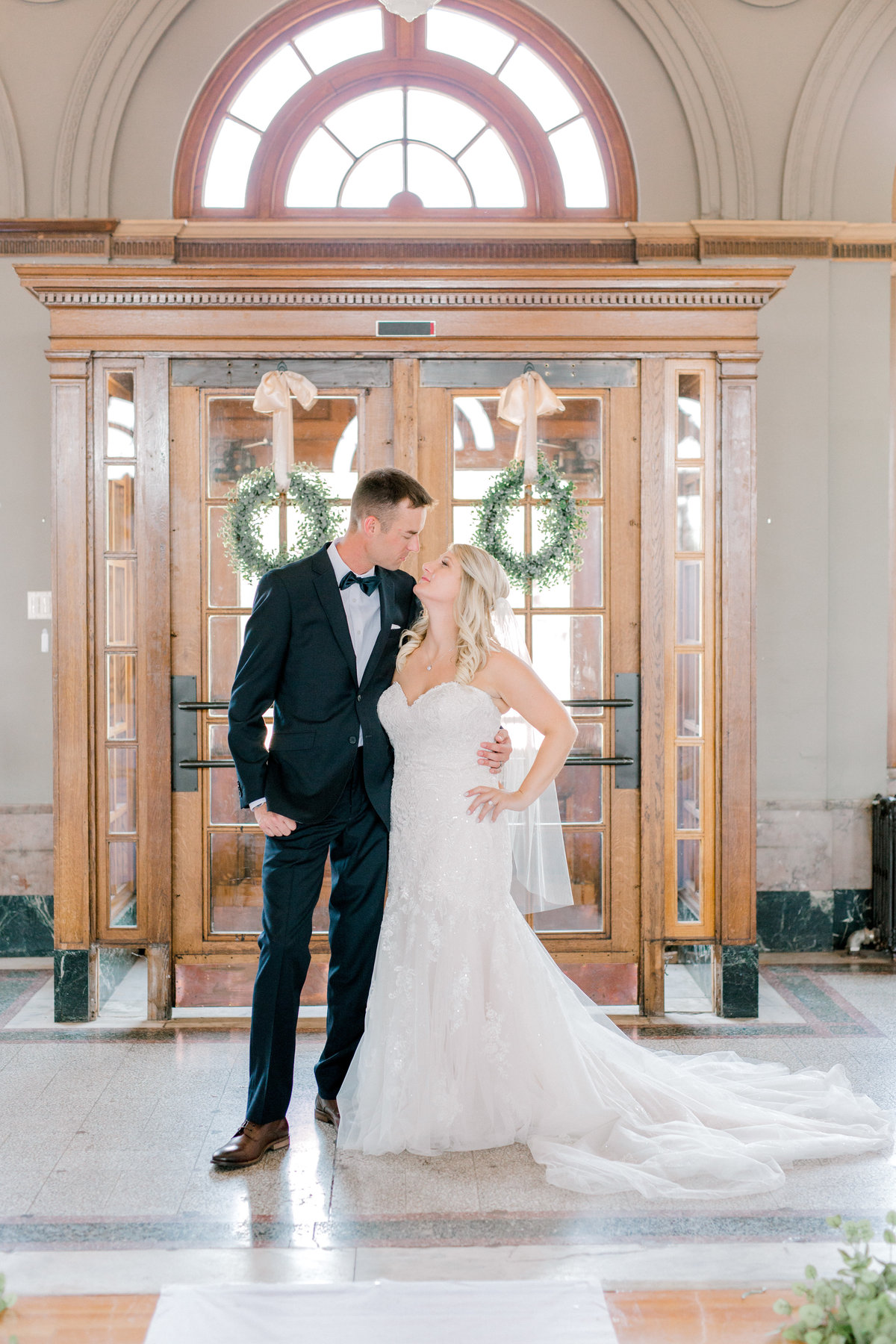 la poste perry iowa wedding photographer danielle+daniel-5088