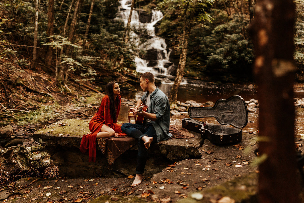 Olivia_Eoghan_Engagement_Session_Sneak_Peeks_9.20.18-5