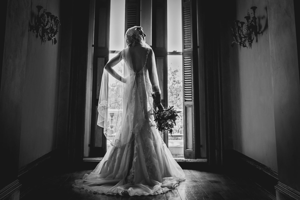 Black and white bride - Renwick Mansion