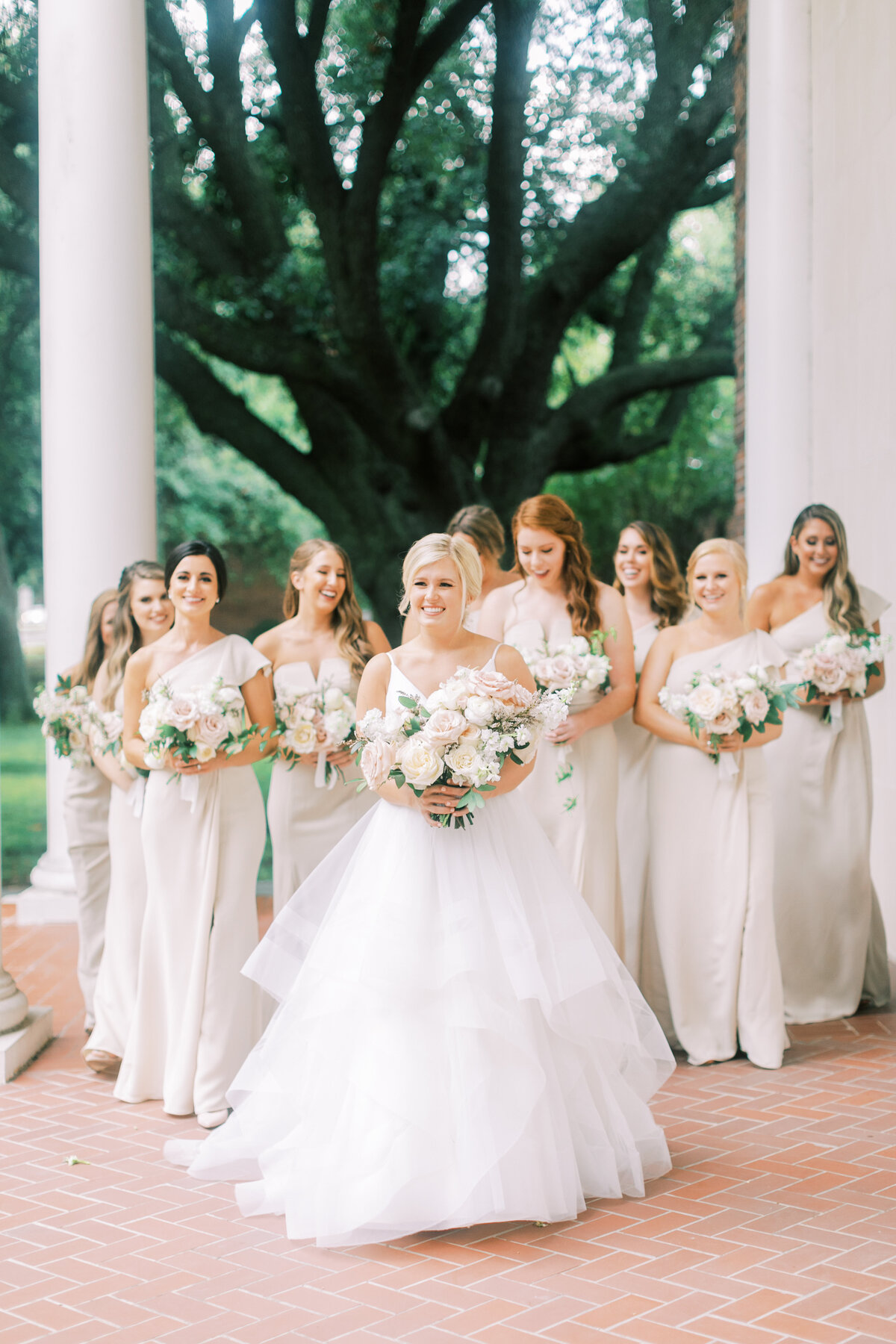 Classic Dallas Wedding at the Room on Main (17)