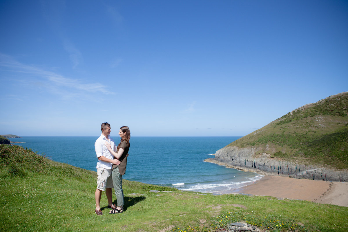 mwnt hill engaged, engagement photos