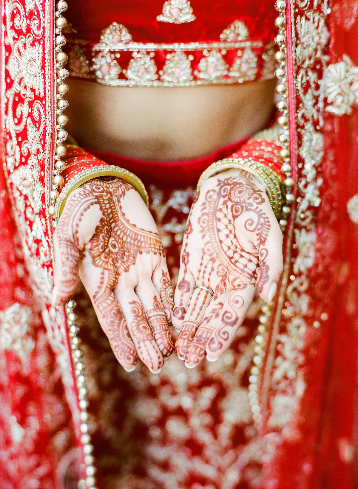 sasha-aneesh-wedding-bride-groom-indian-38