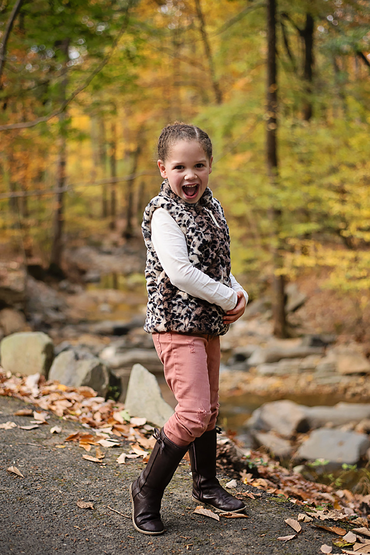 Gorgeous fall photo of happy child at Lubber Run Park in Arlington Virginia by Sarah Alice Photography (5)