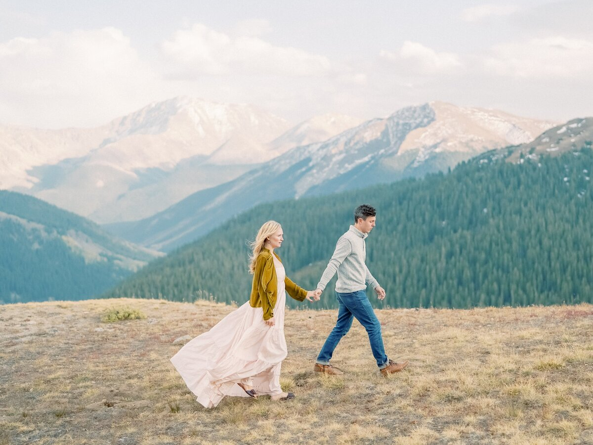 Independence Pass Colorado Couples Photographer Brooke Tom-220 copy