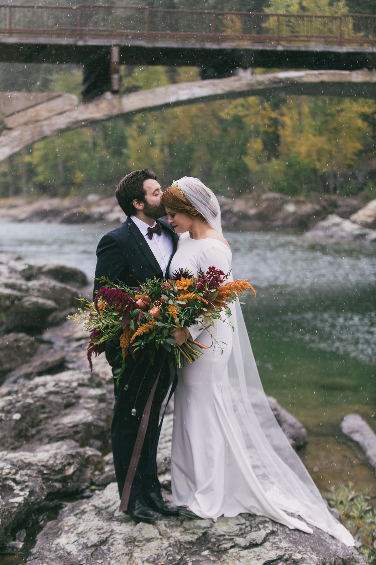 Jennifer_Mooney_Photography_Abbey_Stephen_Fall_Winter_Glacier_Park_Elopement-52