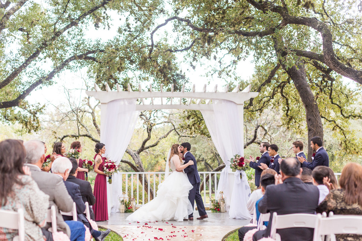 Wedding-At-Gardens-At-Old-Town-Helotes-0054