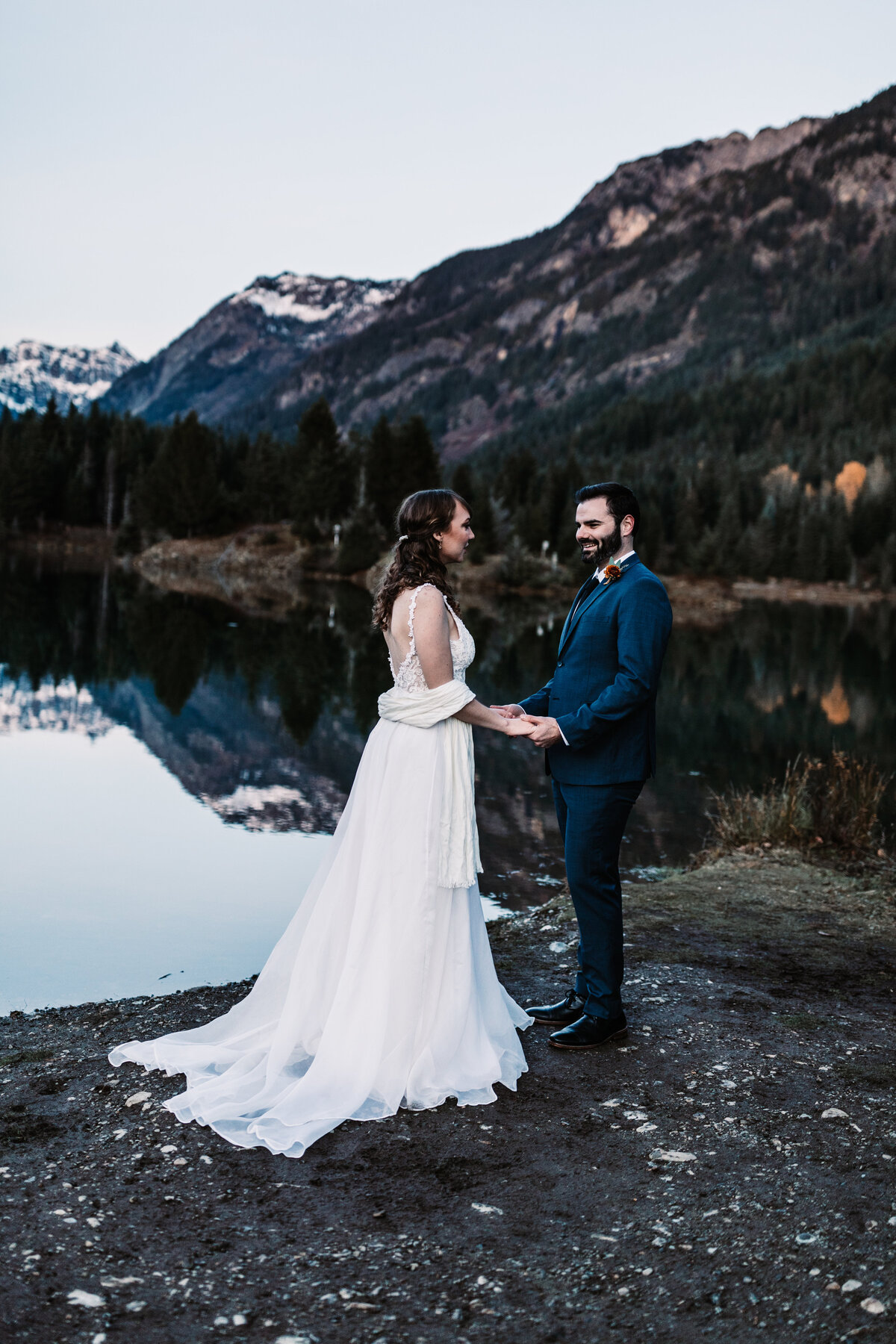Oregon_elopement_Gold_Creek_pond_Adventure_wedding_photography (522 of 793)