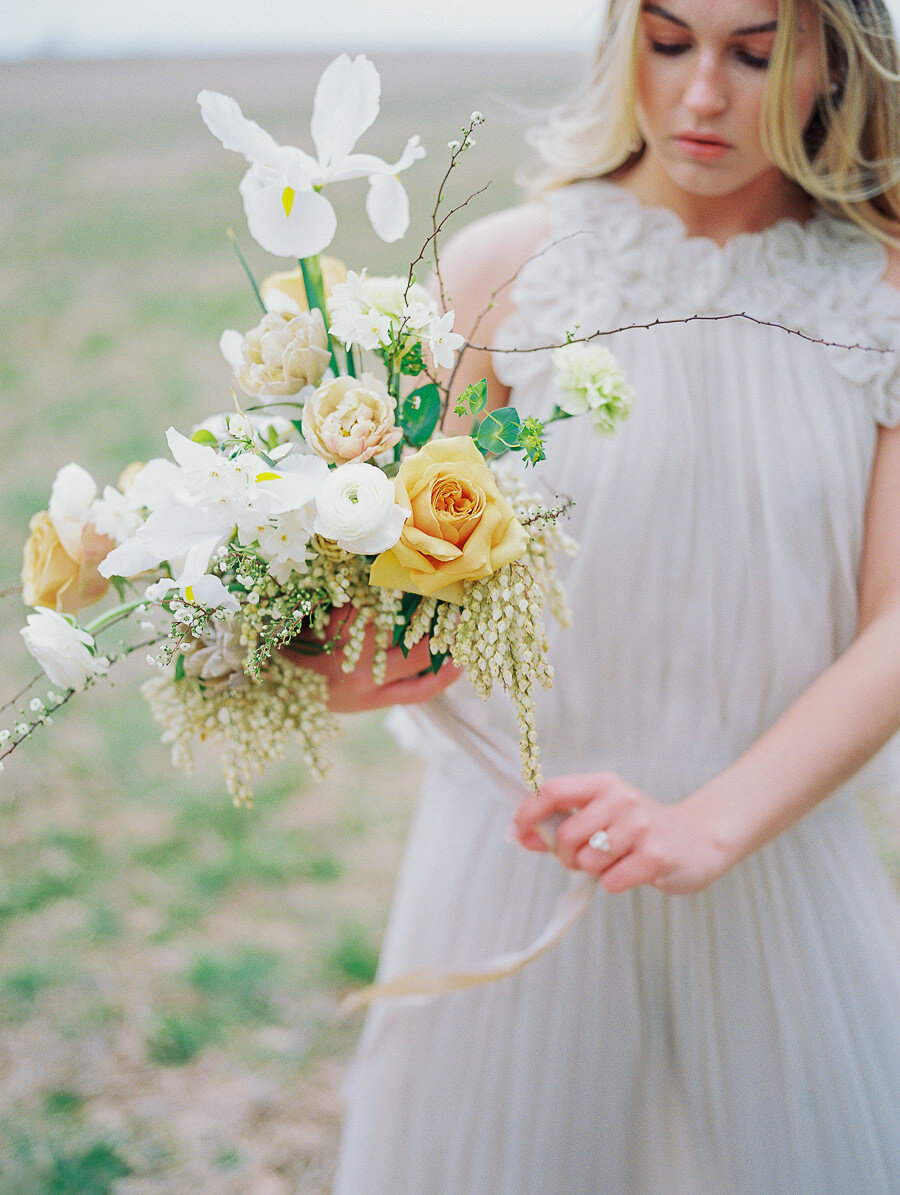 Graceful_Countryside_Fine_Art_Bridal_Maryland_Wedding_Megan_Harris_Photography-16