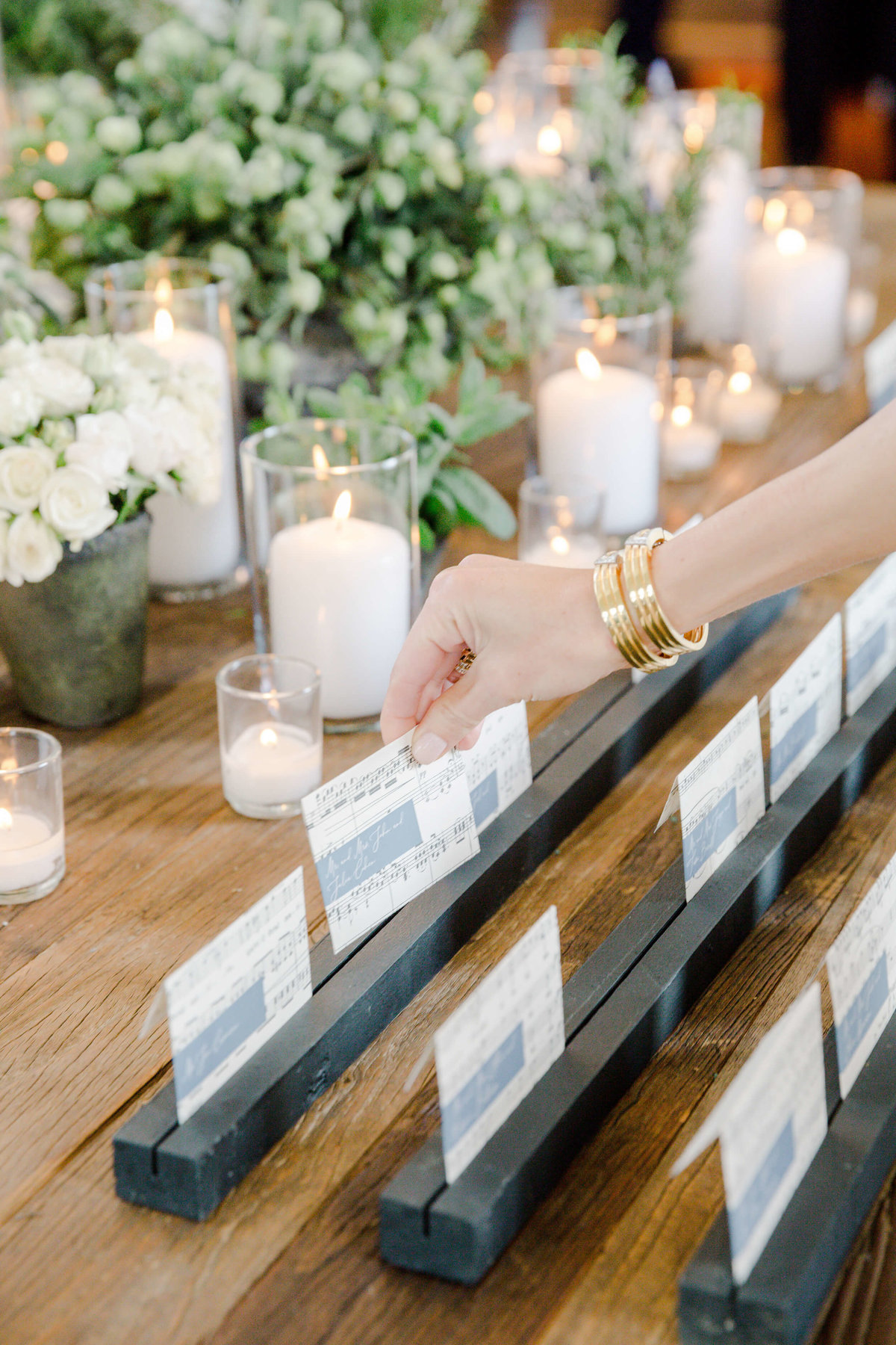 30-KTMerry-Lea-Michele-celebrity-wedding-table-assignments