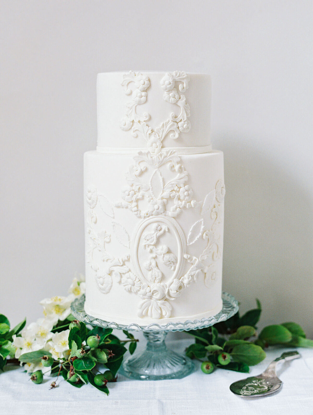 2 tier white romantic detailed romantic wedding cake  | MonAnnie