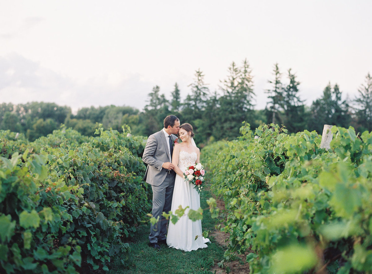 Jacqueline Anne Photography - Ottawa vineyard wedding-29