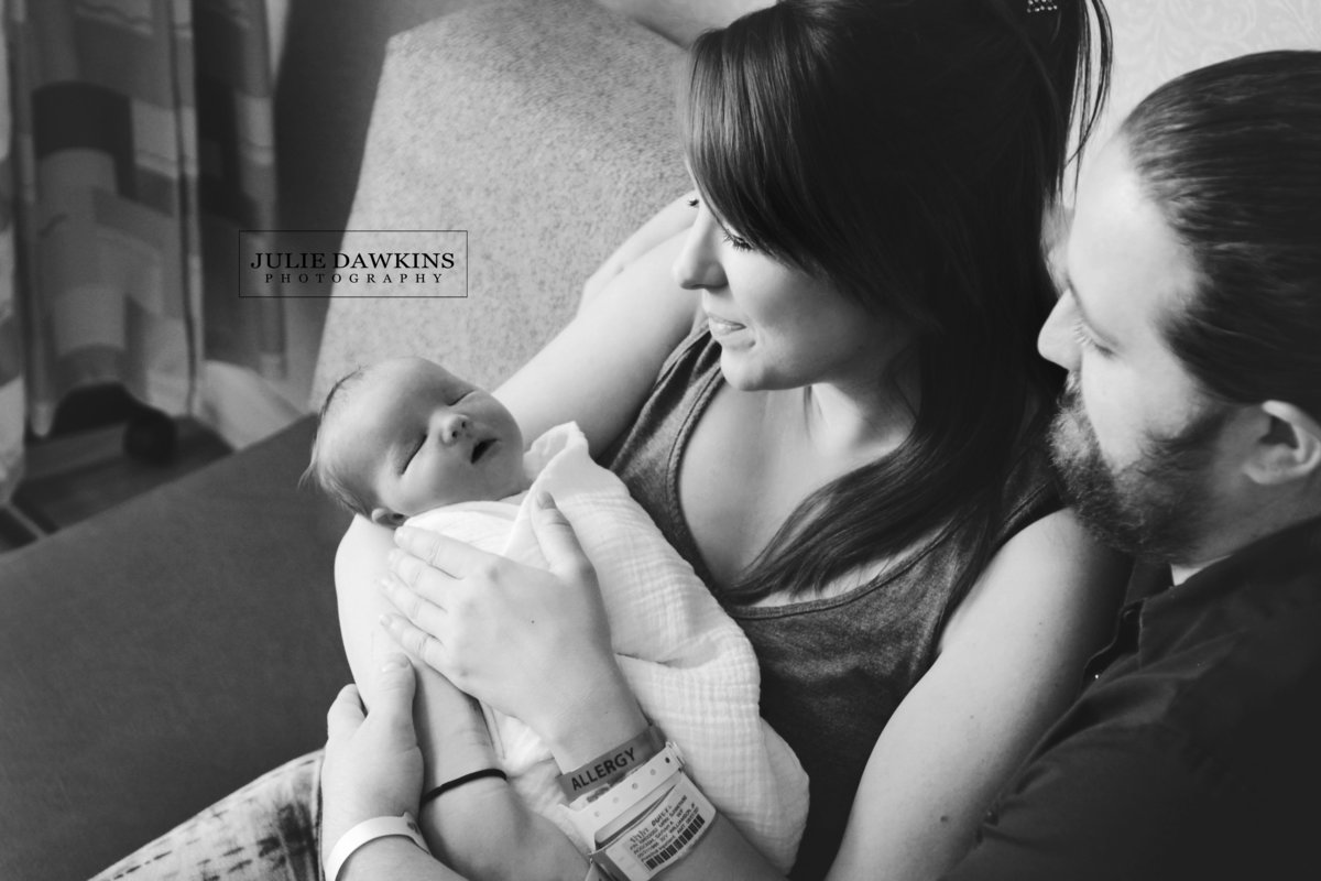 Broken Arrow Ok Newborn Photographers Julie Dawkins Photography Fresh 48 hospital 4