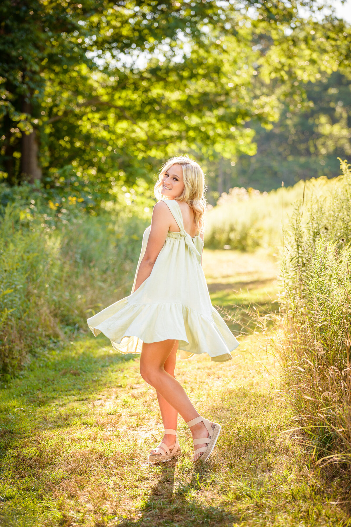 Beautiful Grand Rapids Senior Pictures Images by Jennifer-02