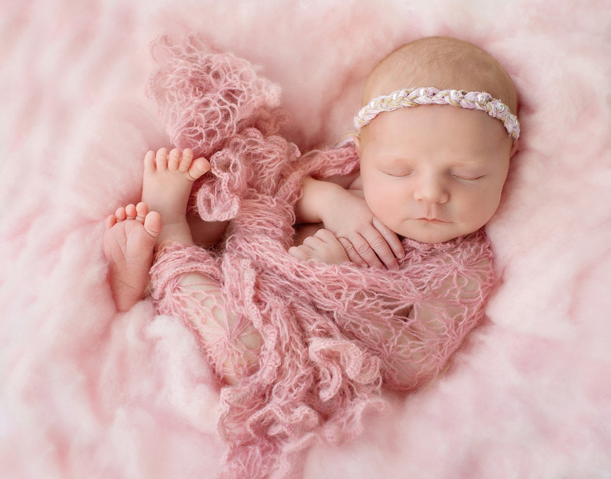newborns baby girl photos130
