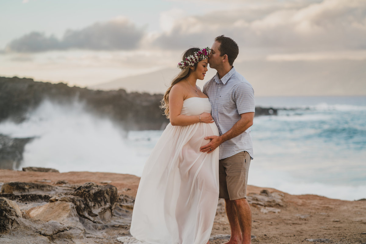 Ironwoods-beach-and-Honolua-Bay-maternity-session-105