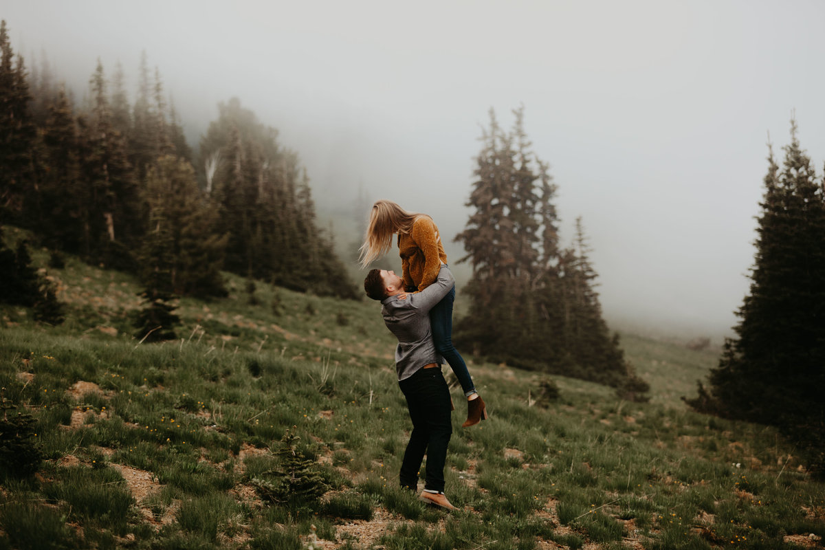 Marnie_Cornell_Photography_Engagement_Mount_Rainier_RK-197