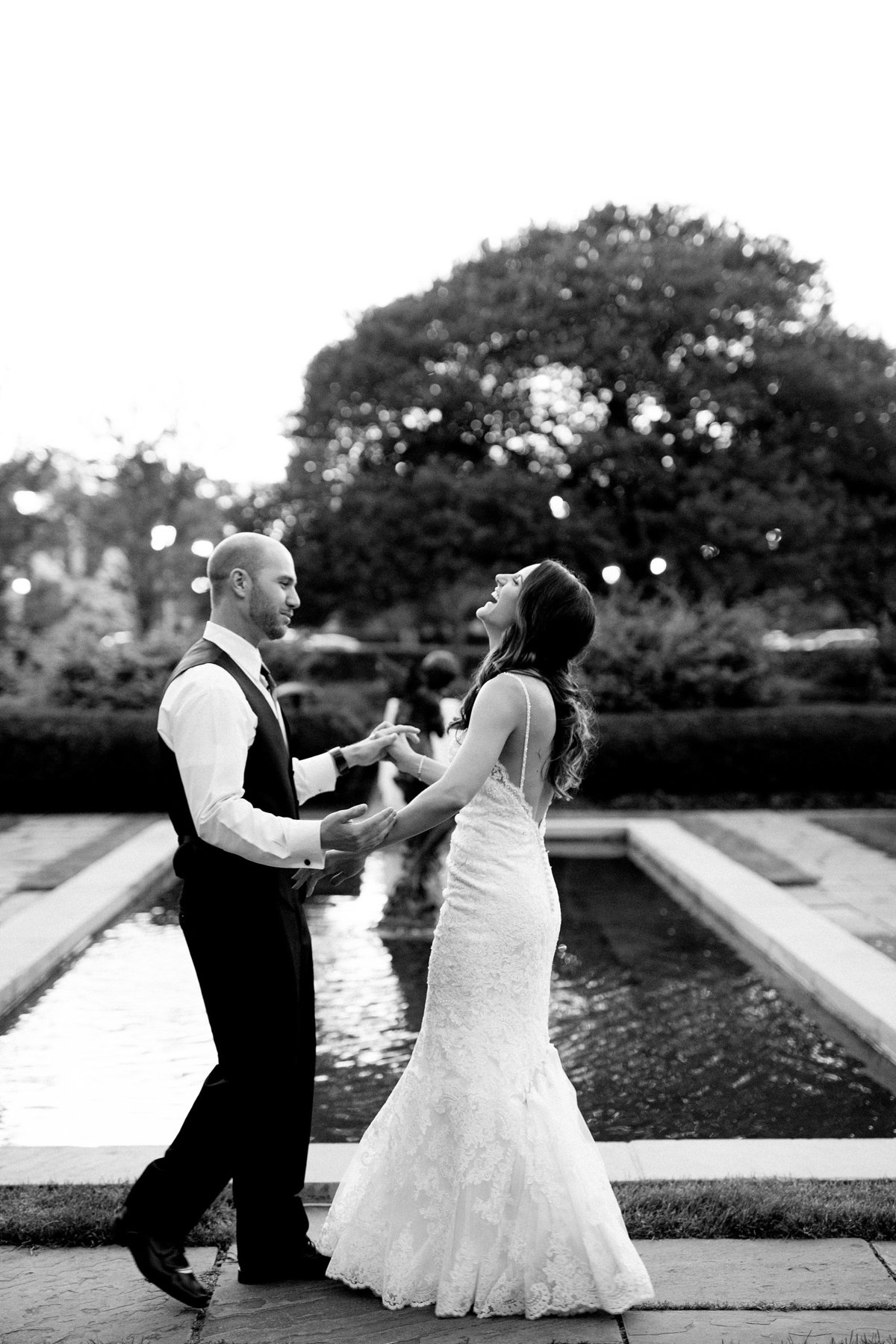 Shuster-Wedding-Grosse-Pointe-War-Memorial-Breanne-Rochelle-Photography152
