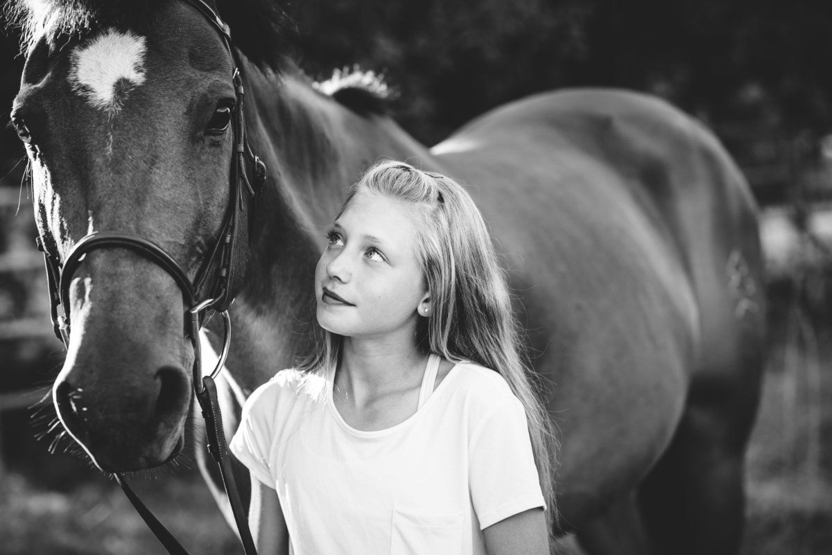 portrait-horse-bend-oregon-photographer-meredith-sands-photography-1