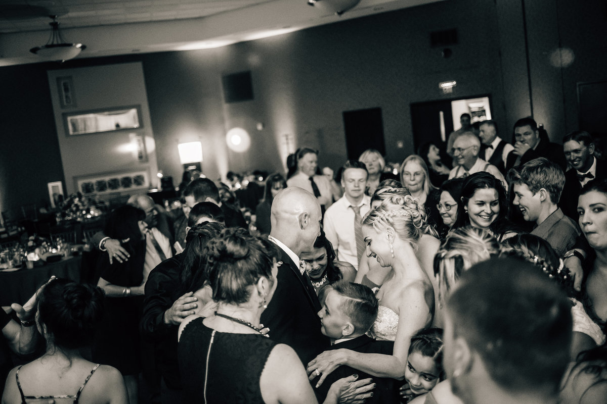 Kimberly_Hoyle_Photography_Milam_The_Back_Center_Melbourne_Wedding-88