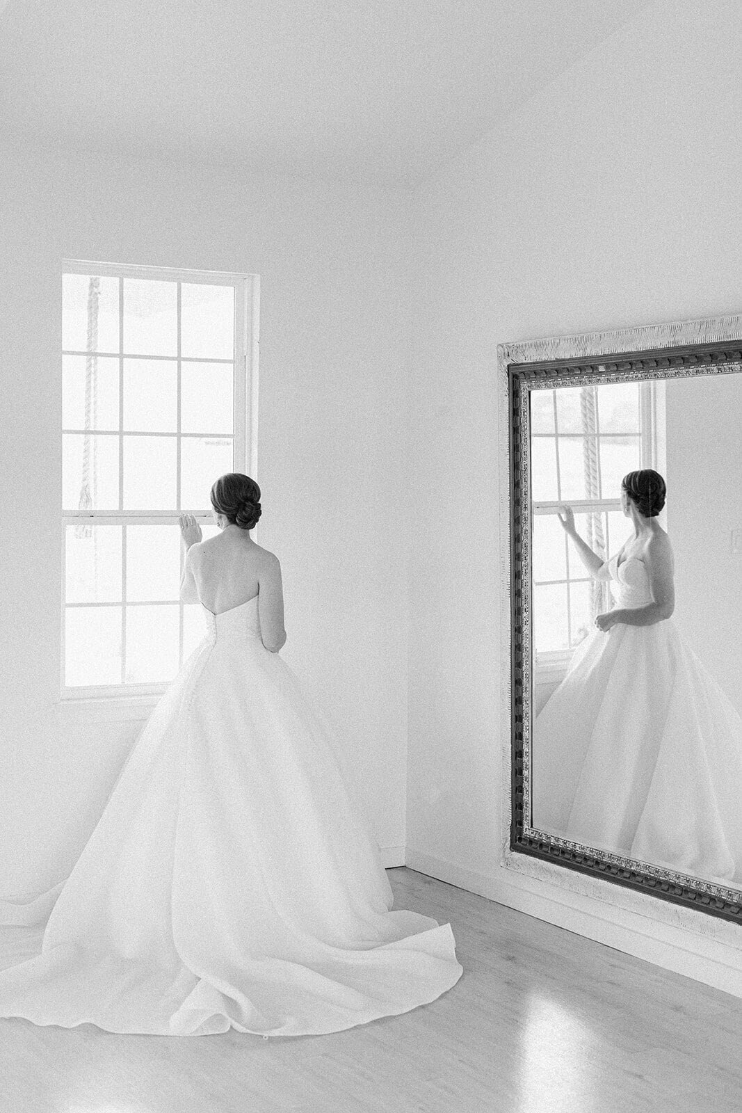 kailyn_and_taylor_bridalprep-61