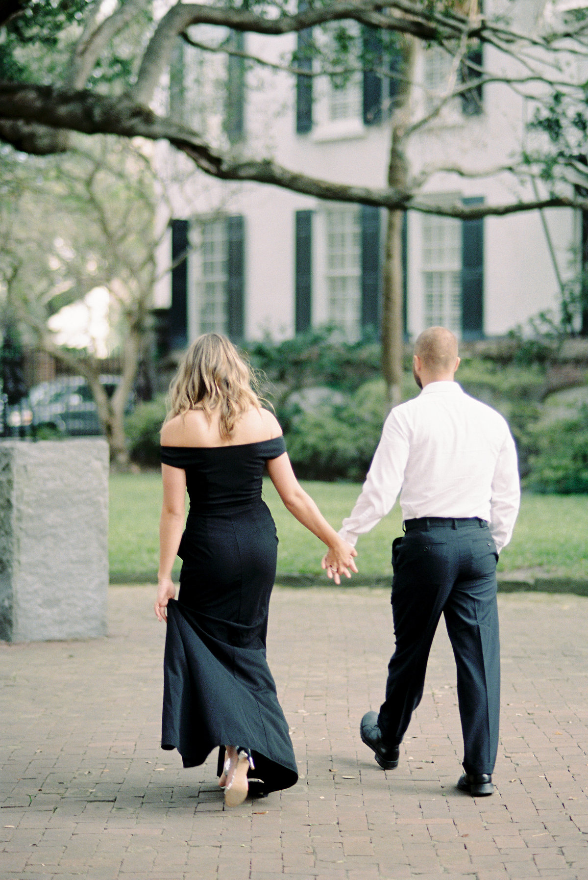 Rainbow-Row-Downtown-Charleston-Engagement-08