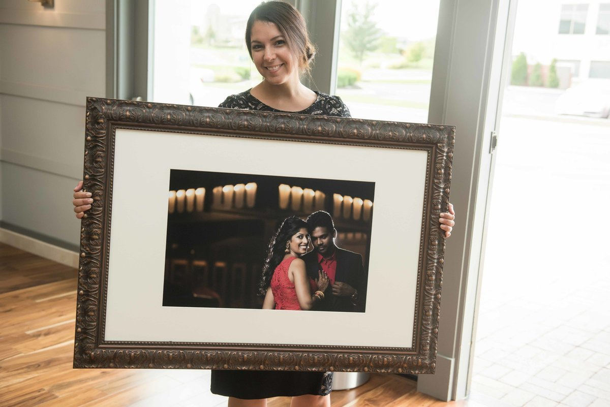 oversized-matted-signature-frame-for-wedding