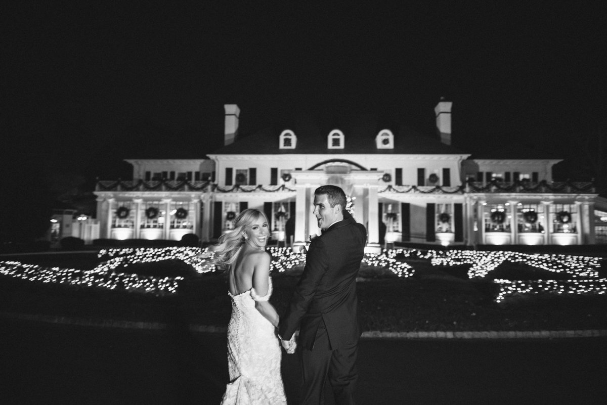 winte wedding black and white candid fun wedding photography shadow brook at shrewsbury nj happy
