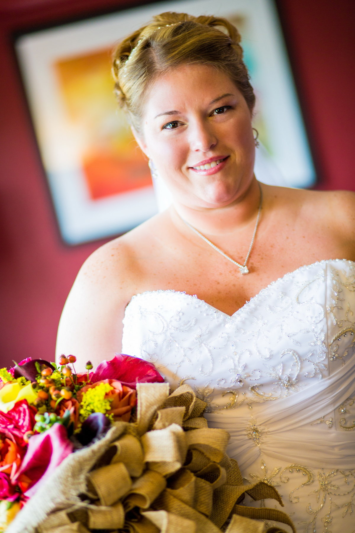 Natural NJ bride with her bouquet