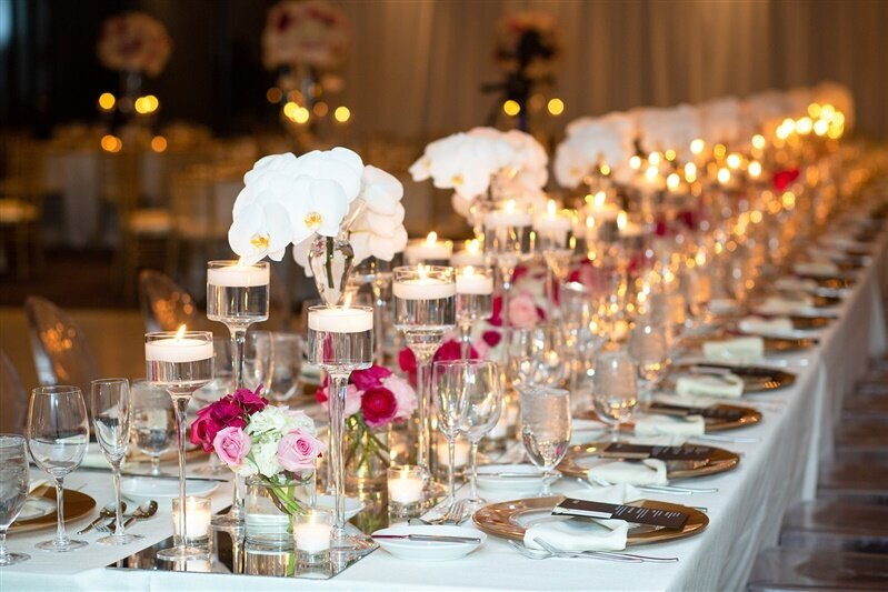 sanctuary-camelback-resort-wedding-reception-pink-and-white-orchid-head-table