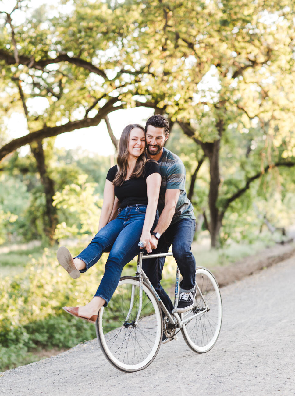AVH_Photography_engagement_session_bidwell_park_california__V1_8254