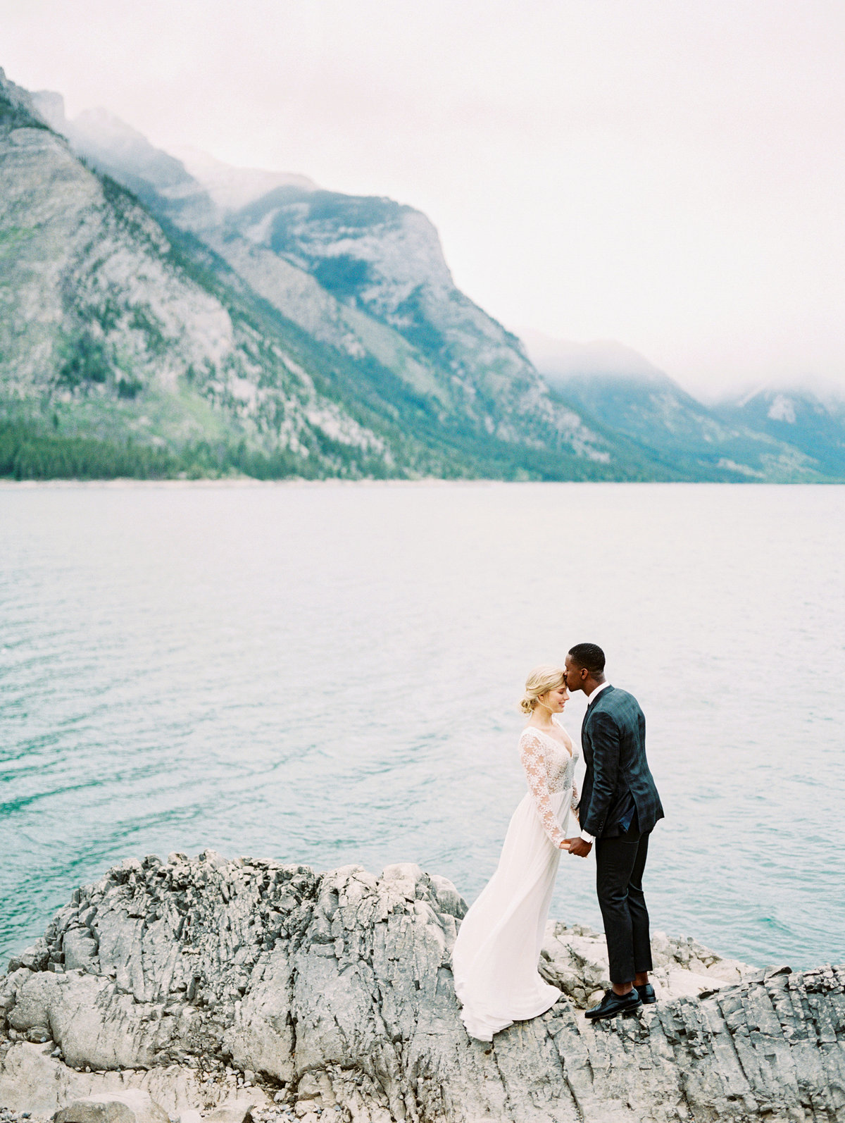 banff wedding lake teryn lee photography