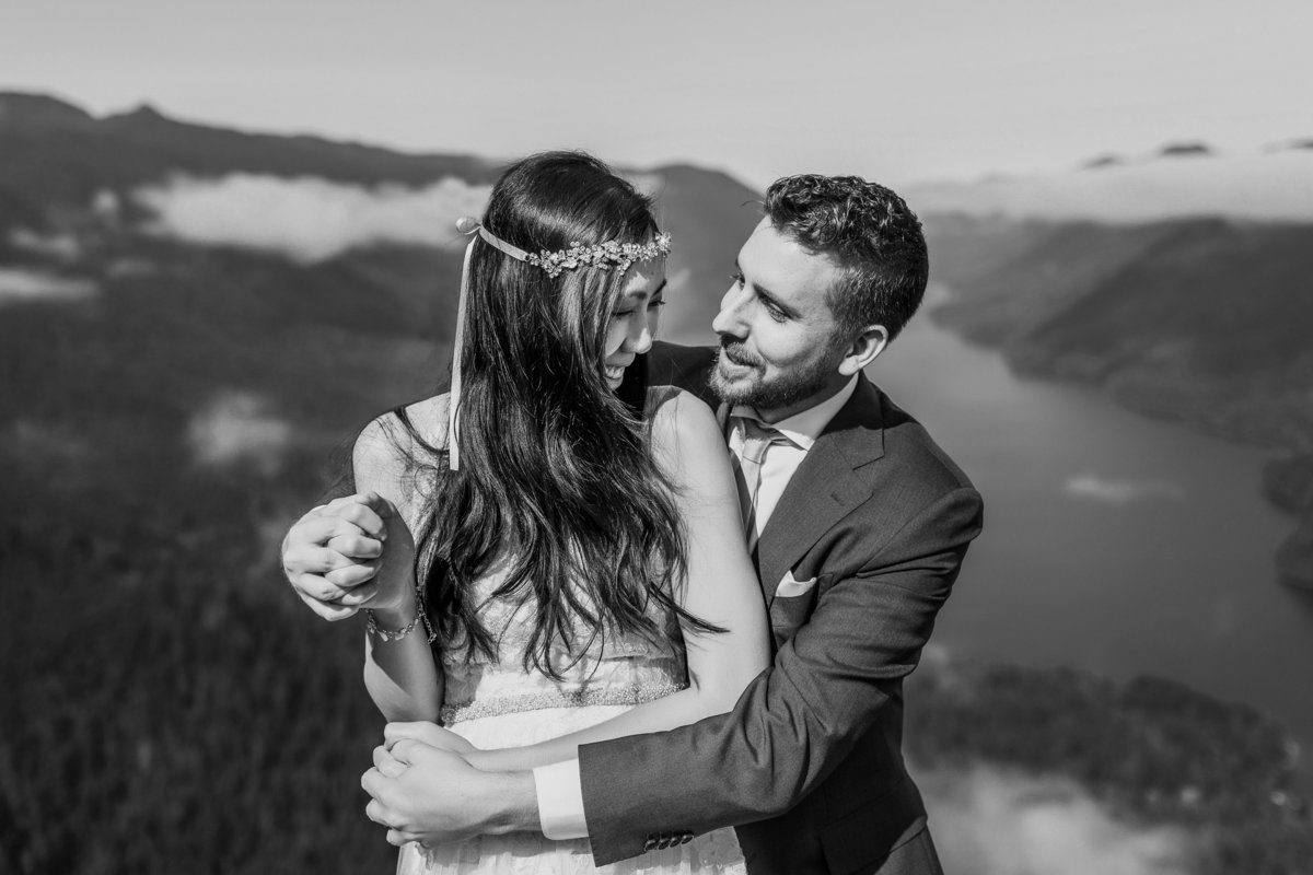 Adventure-Elopement-Photographer-Olympic-National-Park-36