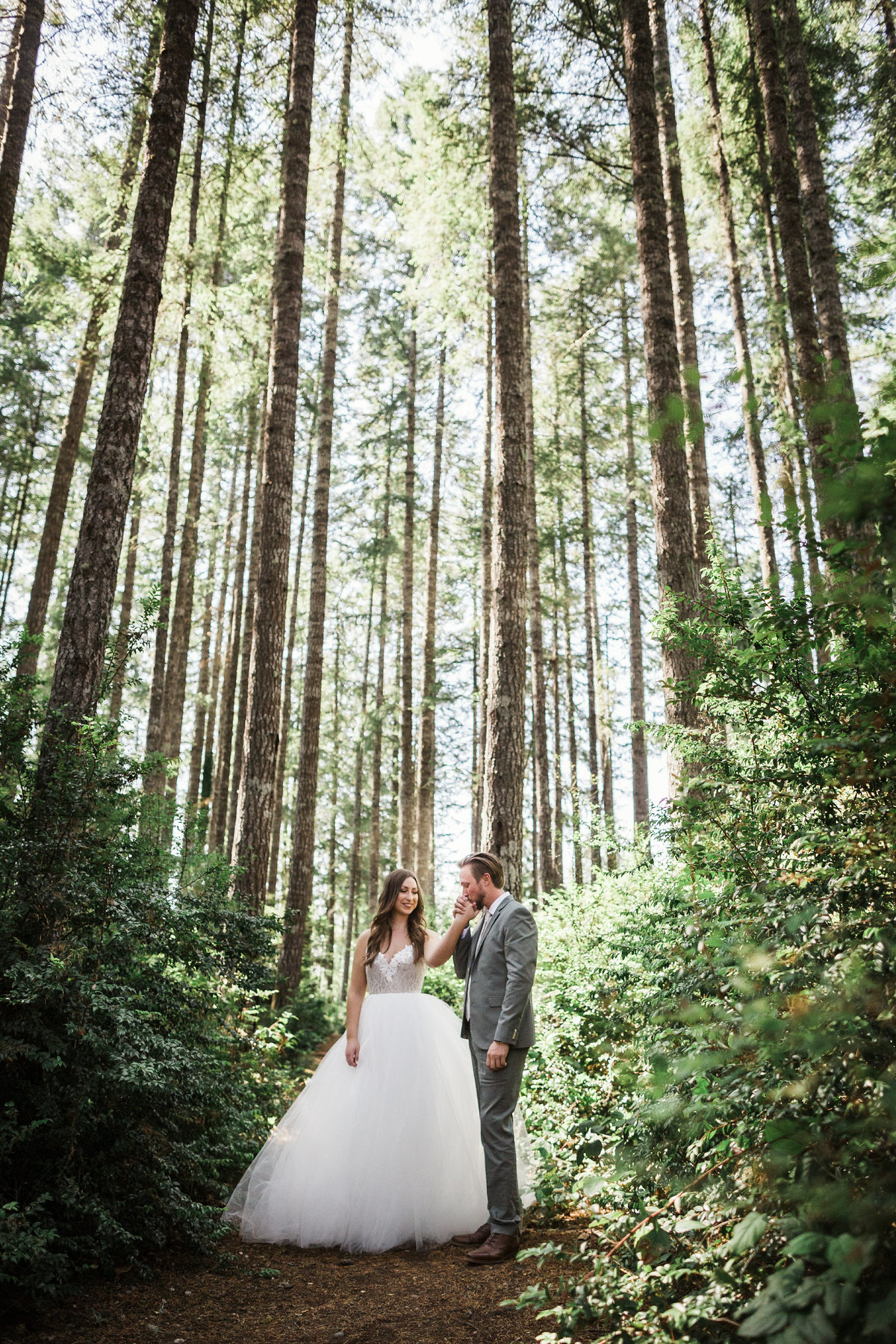Seattle-Intimate-Backyard-Wedding-Seattle-Wedding-Photographer-10