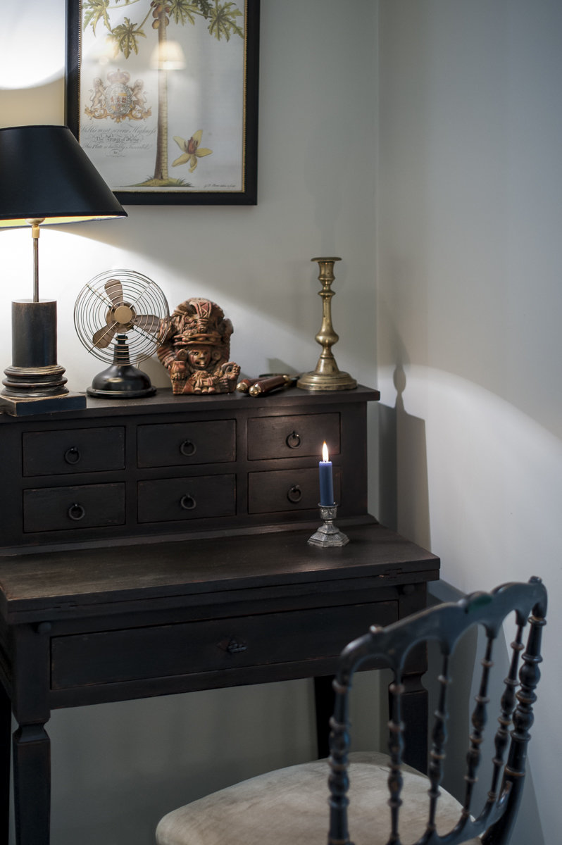 antiques residential interior colonial furniture
