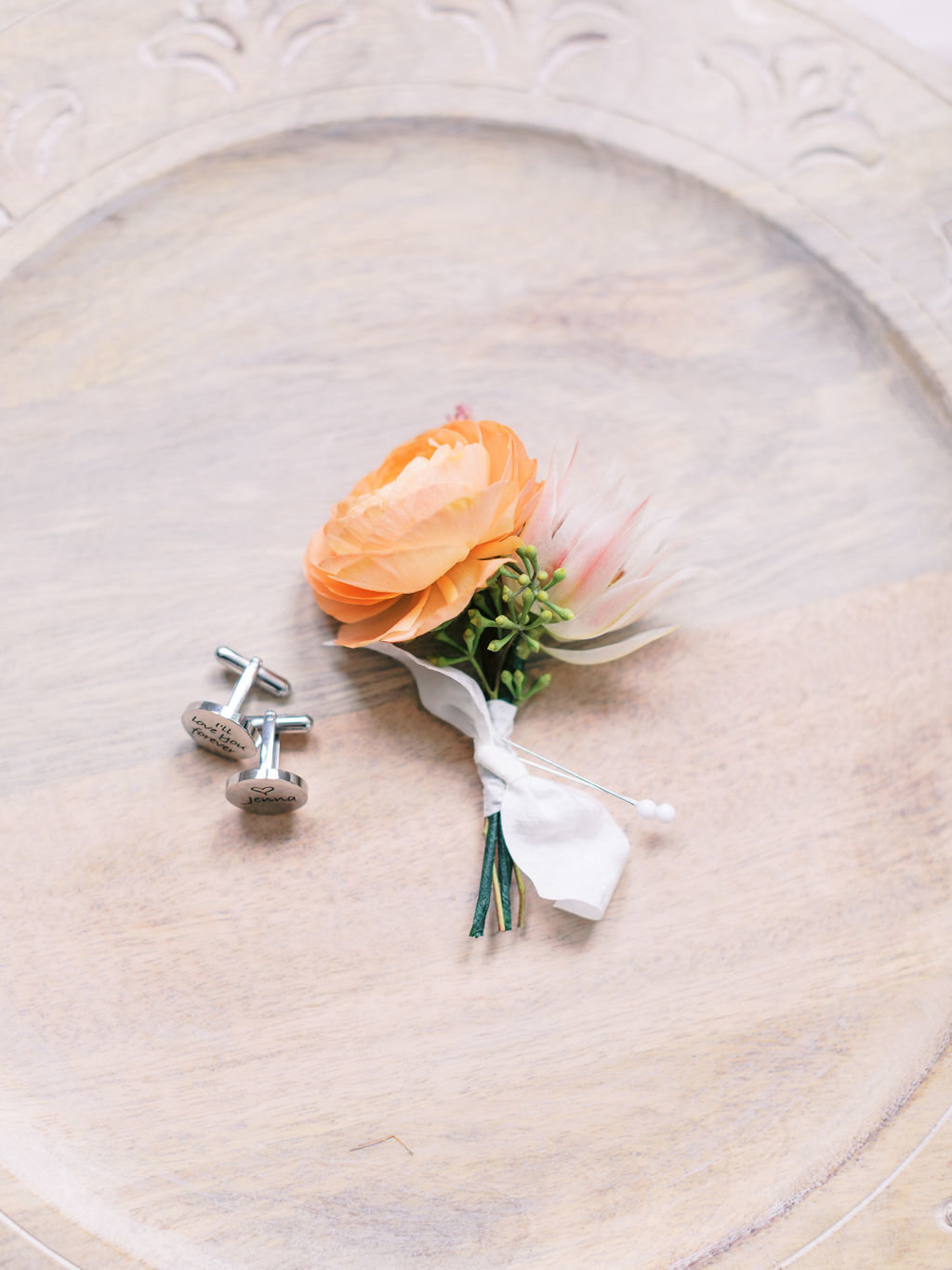 boutonniere greenville Country club wedding florist