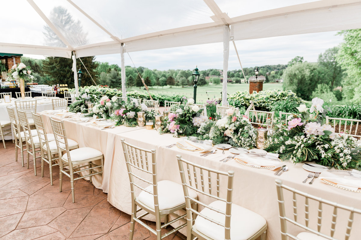 Glenmoor Country Club wedding planned by Sirpilla Soirees, Columbus wedding planner